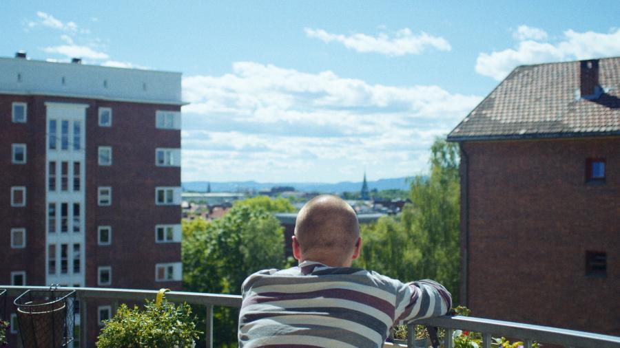 Se Fra Balkonen (2017) på Filmstriben