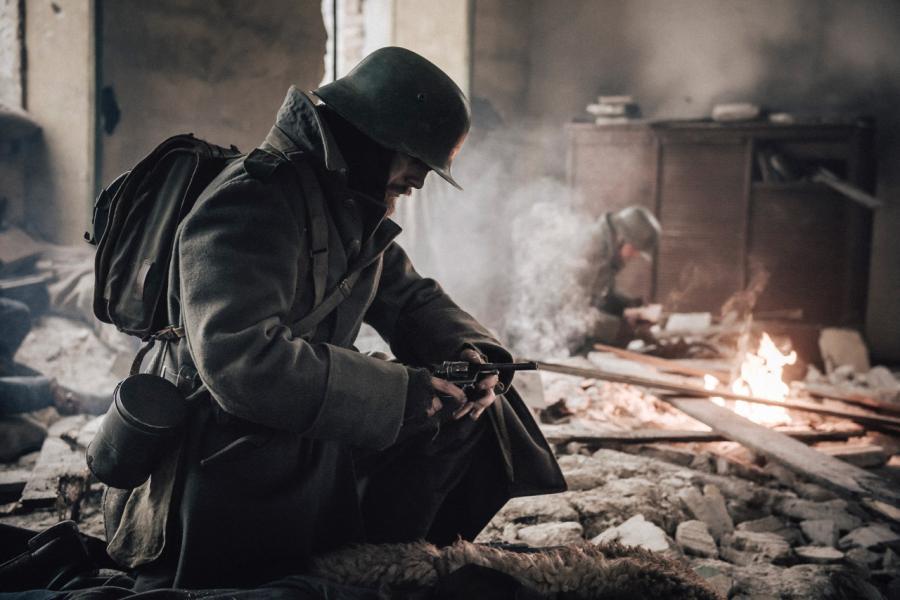 Se I krig & kærlighed (2018) på Filmstriben